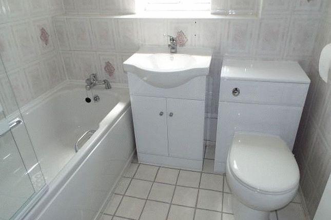 Fitted Bathroom of Heeley Road, Selly Oak, Birmingham B29