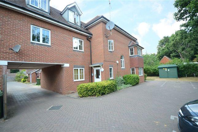 Thumbnail Flat for sale in Alford Close, Sandhurst, Berkshire