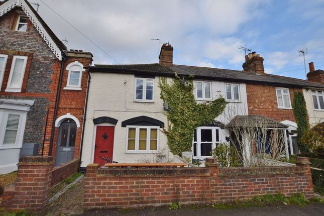 Thumbnail Property to rent in Chinnor Road, Thame