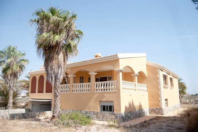 Thumbnail Villa for sale in La Manga Del Mar Menor, Murcia, Spain