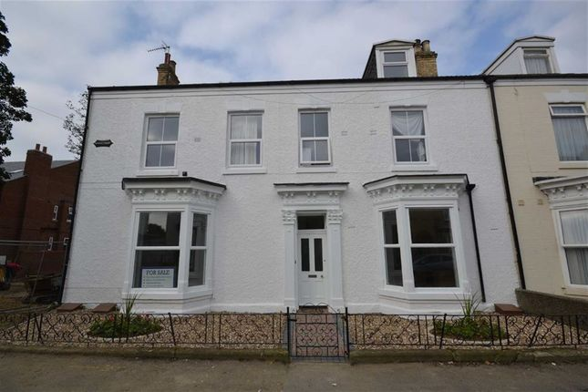 Thumbnail Flat to rent in Eastbourne Road, Hornsea, East Yorkshire