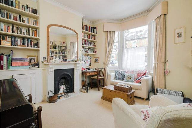 3 bed terraced house for sale in Brathway Road, Southfields, London