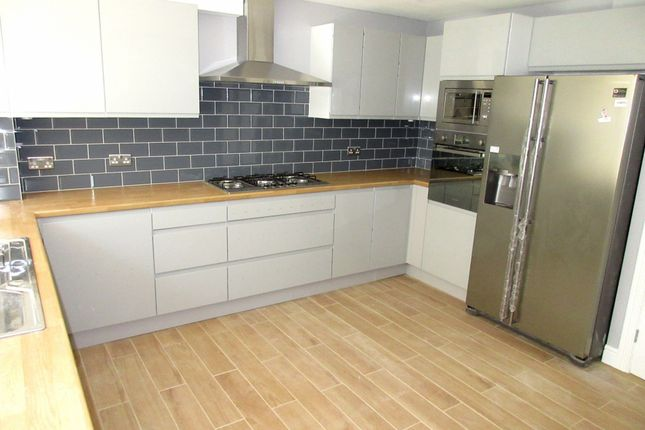 Thumbnail Terraced house to rent in Aplin Way, Isleworth