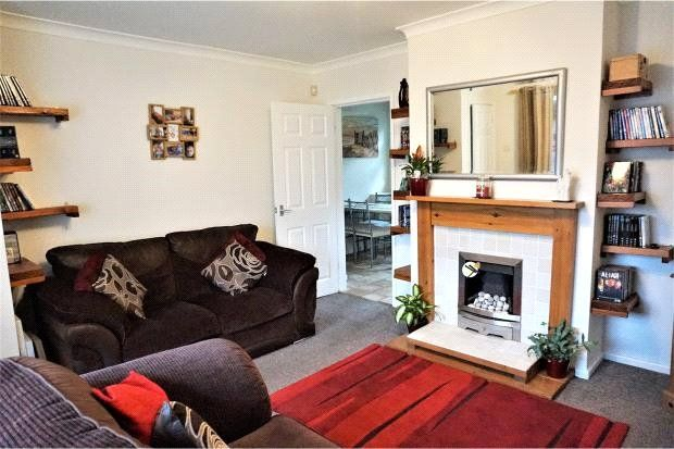 Thumbnail Terraced house to rent in Winrose Hill, Leeds, West Yorkshire