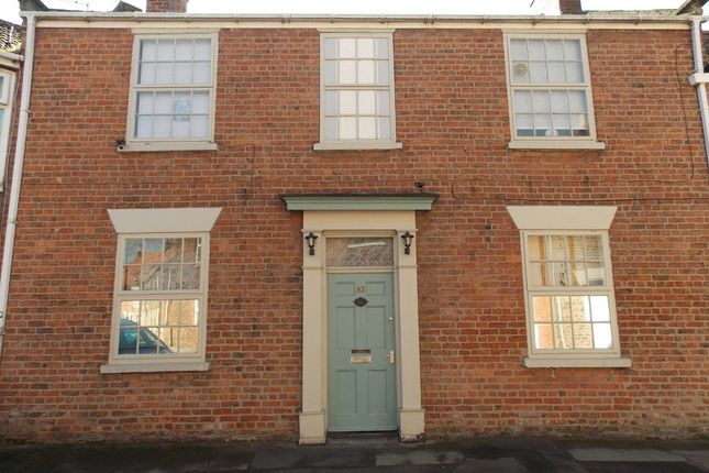 Thumbnail Terraced house for sale in Millgate, Selby
