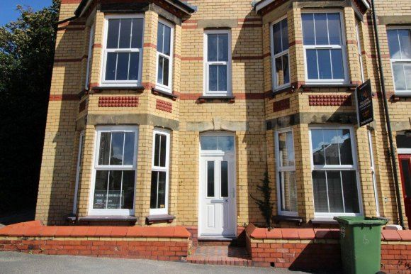 Thumbnail Shared accommodation to rent in Princes Road, Bangor