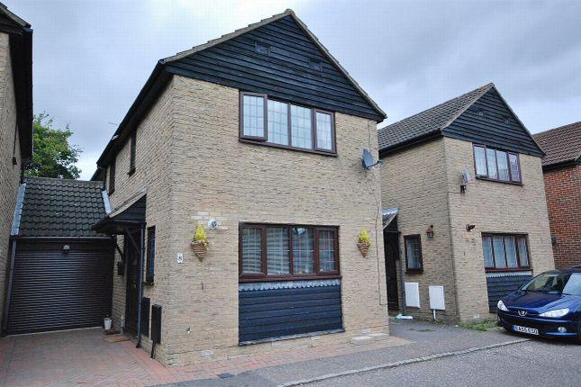 Thumbnail Link-detached house for sale in Alderbury Lea, Bicknacre, Chelmsford, Essex