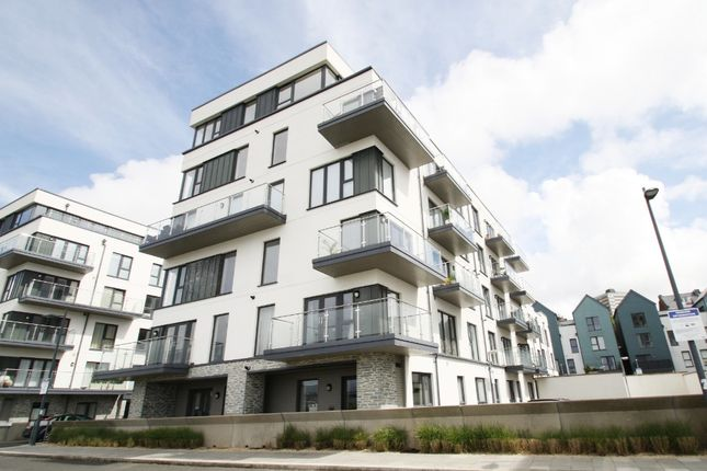 Thumbnail Flat to rent in Fin Street, Quadrant Quay, Plymouth