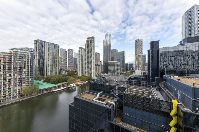 Studio for sale in Arena Tower, 25 Crossharbour Plaza, Canary Wharf, London E14