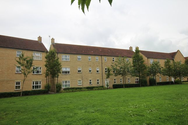 Thumbnail Flat to rent in Grouse Road, Calne, Wiltshire