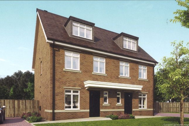 Thumbnail Terraced house for sale in Woodlands Avenue, Earley, Reading