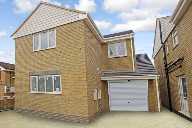 Thumbnail Detached house for sale in Central Avenue, Canvey Island