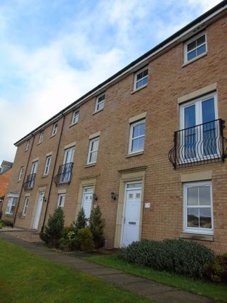 Thumbnail Town house for sale in Dalziel Place, Cairnhill, Airdrie, North Lanarkshire