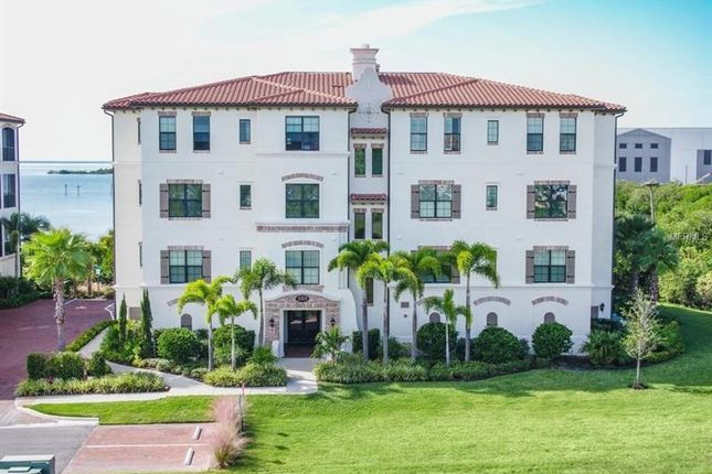Thumbnail Property for sale in 5703 Yeats Manor Drive, Tampa, Florida, United States Of America