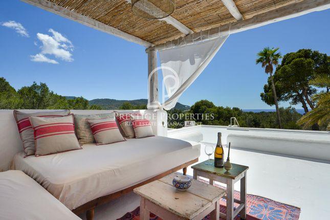 Thumbnail Chalet for sale in Cala Tarida, Ibiza, Spain - 07830