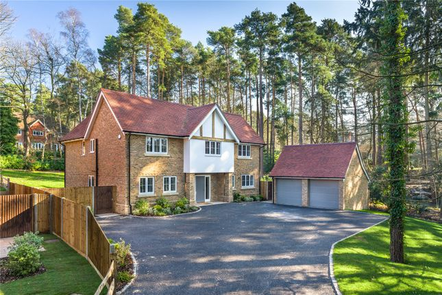 Thumbnail Detached house for sale in Reading Road North, Fleet