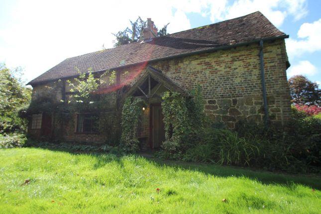 Thumbnail Cottage to rent in Abinger Lane, Abinger Common, Dorking