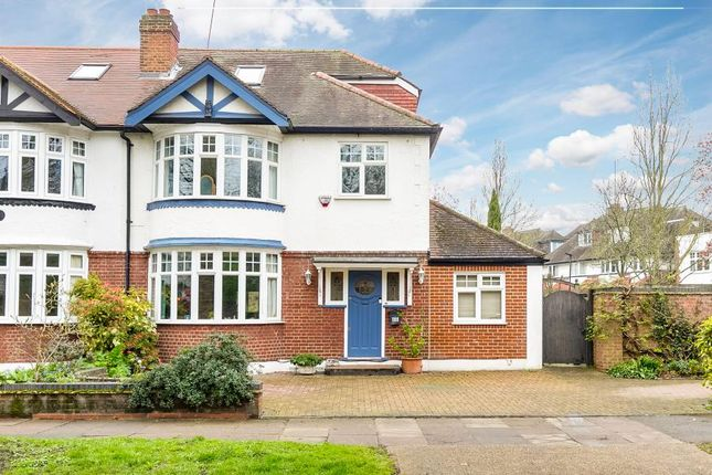 Thumbnail Property for sale in Park Road, Chiswick, London