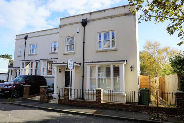 Thumbnail Property to rent in Salomons Mews, Cambridge Gardens, Tunbridge Wells