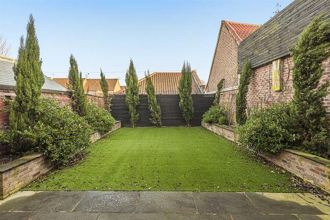 Garden of Walkergate, Beverley HU17