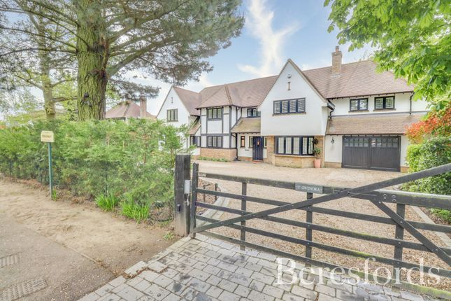 Thumbnail Detached house for sale in Ridgeway, Hutton Mount, Brentwood, Essex