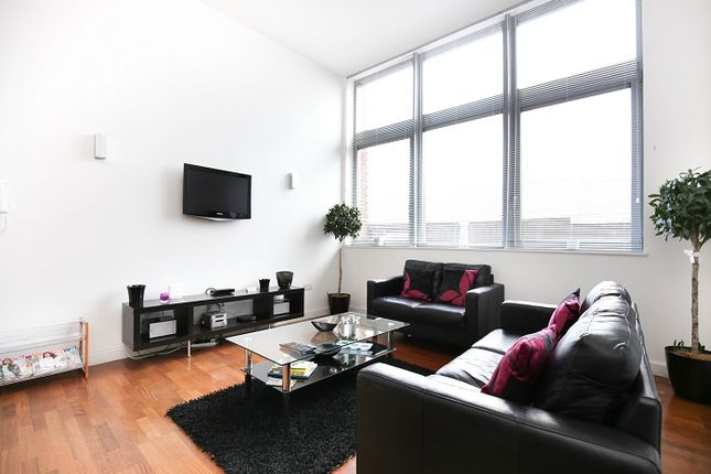 Thumbnail Flat to rent in Waterloo Street, Newcastle Upon Tyne