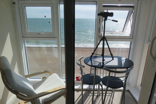 Thumbnail Flat to rent in Esplanade, Seaford