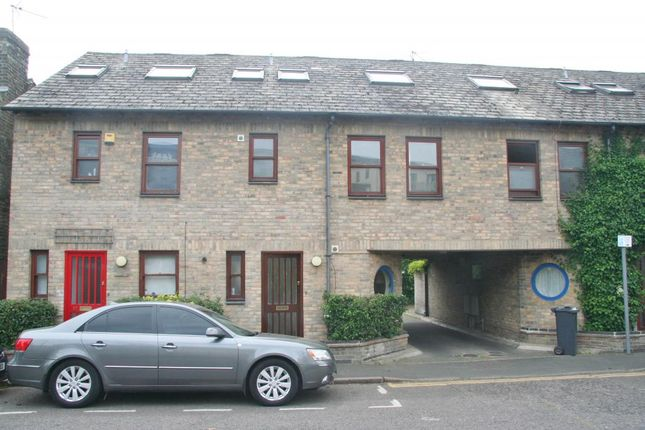 Thumbnail Terraced house to rent in Paradise Street, Cambridge