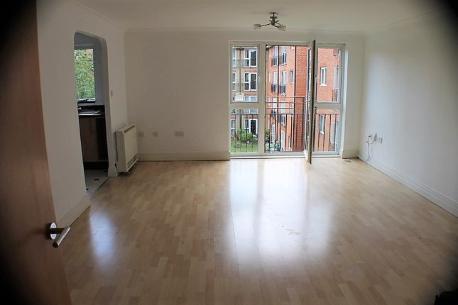 Thumbnail Flat to rent in Coopers Court, Crane Mead, Ware, Hertfordshire