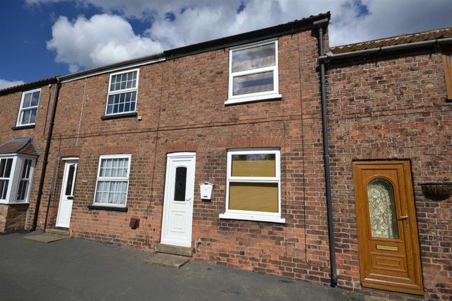 Thumbnail Terraced house to rent in Post Office Row, Withernwick, Hull