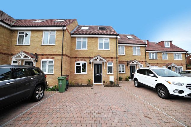 Thumbnail Property for sale in Alfred Road, Belvedere, Kent