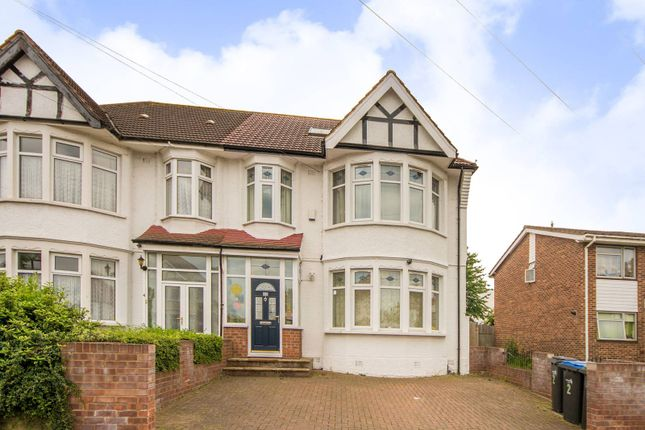 Thumbnail Property for sale in Norfolk Avenue, Palmers Green, London