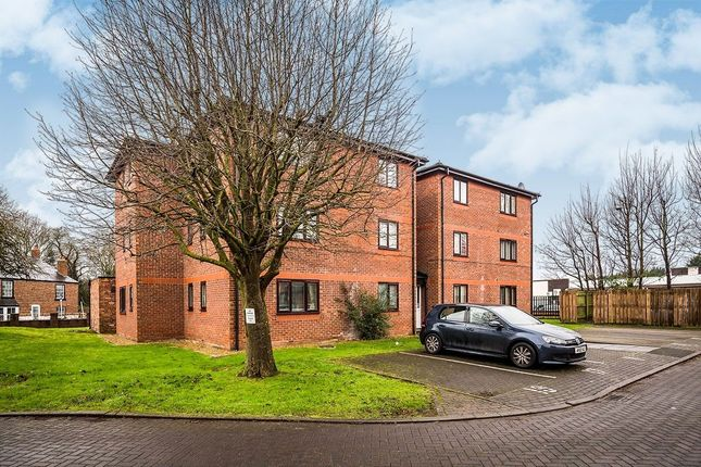Thumbnail Flat for sale in Wetherby Close, Chester
