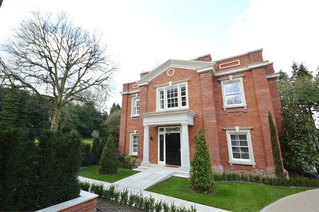 Thumbnail Detached house to rent in Warren House, Warreners Lane, Weybridge, Surrey