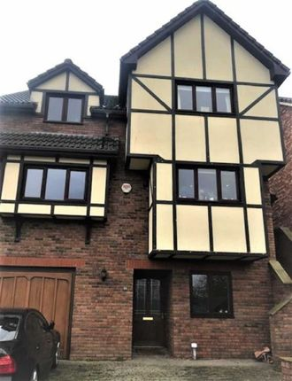 Thumbnail Detached house to rent in Meadow Walk, Chepstow, Monmouthshire