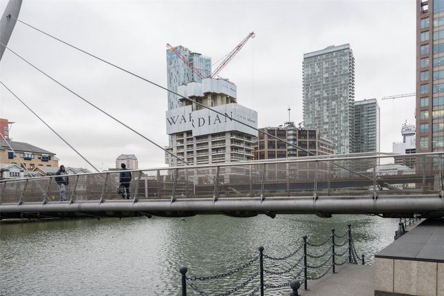 Thumbnail Property for sale in The Wardian, West Tower, Canary Wharf, London