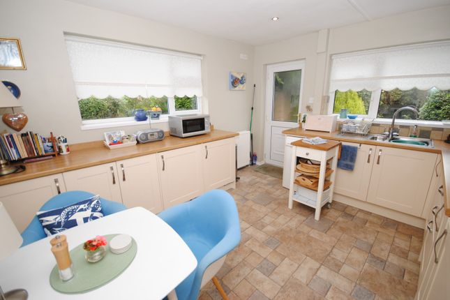 Thumbnail Bungalow to rent in Rawlins Close, Woodhouse Eaves, Loughborough