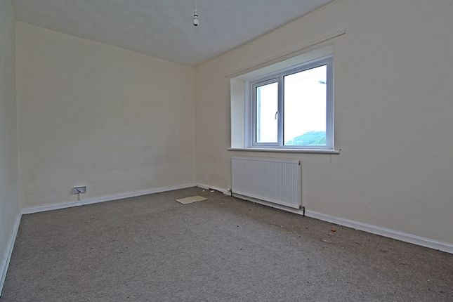 Bedroom 3 of Treneol, Cwmaman, Aberdare CF44