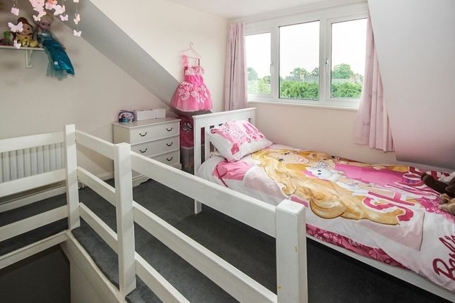 Bedroom 3 of Sandlands Road, Walton On The Hill, Tadworth, Surrey. KT20
