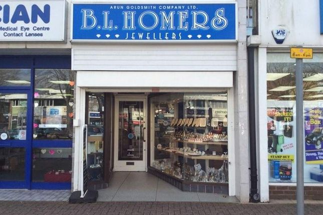 Retail premises to let in 107 The Street, Littlehampton