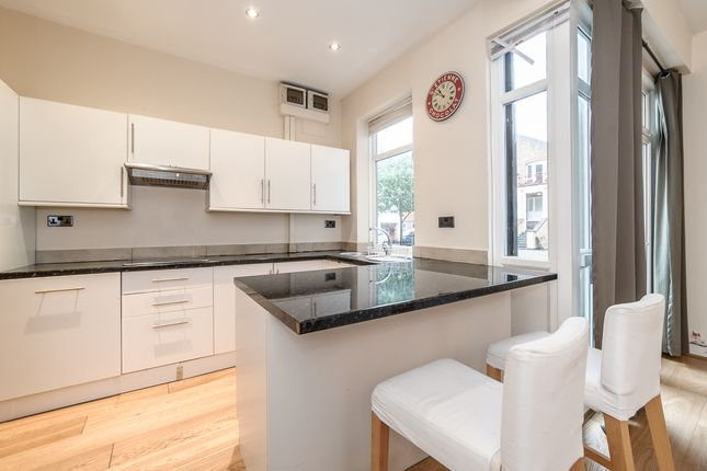 Thumbnail Flat to rent in Hopewell Street, London