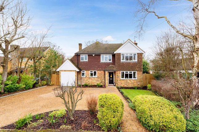 4 bed detached house for sale in Parkside Close, East Horsley, Leatherhead KT24