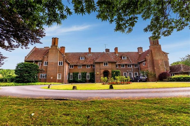 Flat for sale in Little Cheverell, Devizes, Wiltshire