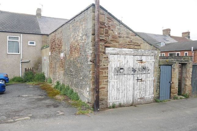 Parking/garage to let in Front Street, Newbiggin-By-The-Sea