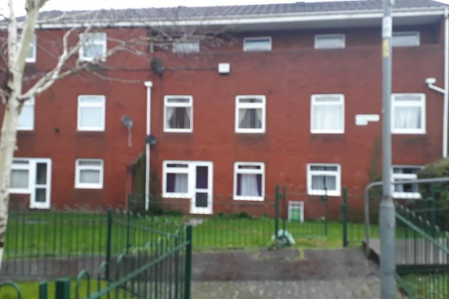 Thumbnail Flat for sale in Bluebell Drive, Old St Mellons, Cardiff