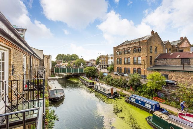 Thumbnail Flat for sale in Branch Place, London