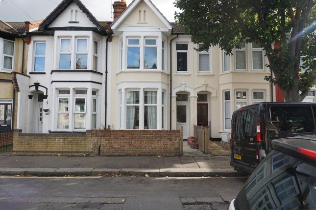Thumbnail Terraced house to rent in Salisbury Avenue, Southend-On-Sea, Essex