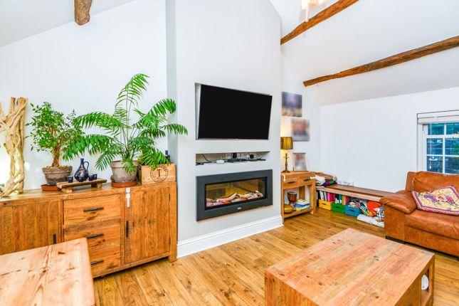2 bed flat for sale in Daltongate, Ulverston LA12
