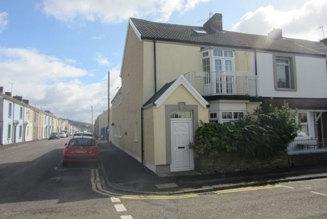 Thumbnail Terraced house to rent in Bond Street, Sandfields, Swansea.