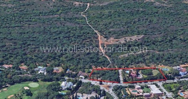Thumbnail Land for sale in Kings & Queens, Sotogrande Costa, Andalucia, Spain